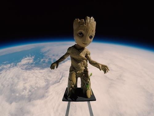 Baby Groot in Space.jpg